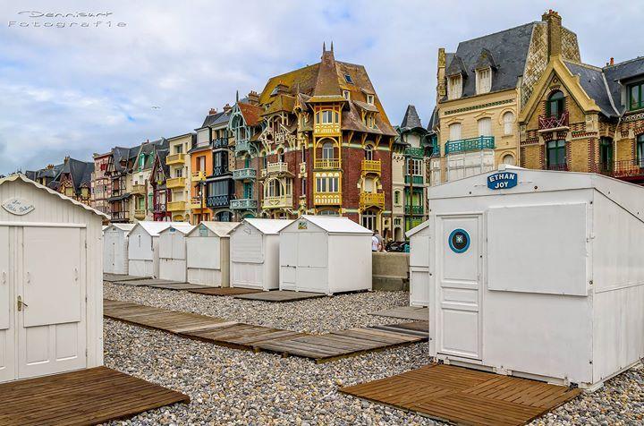 Rond 1900 verrezen hier de mooiste villa's langs de stranden. Aangezie