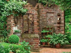 Ziegelsteinmauer Im Garten | Die schönsten Einrichtungsideen
