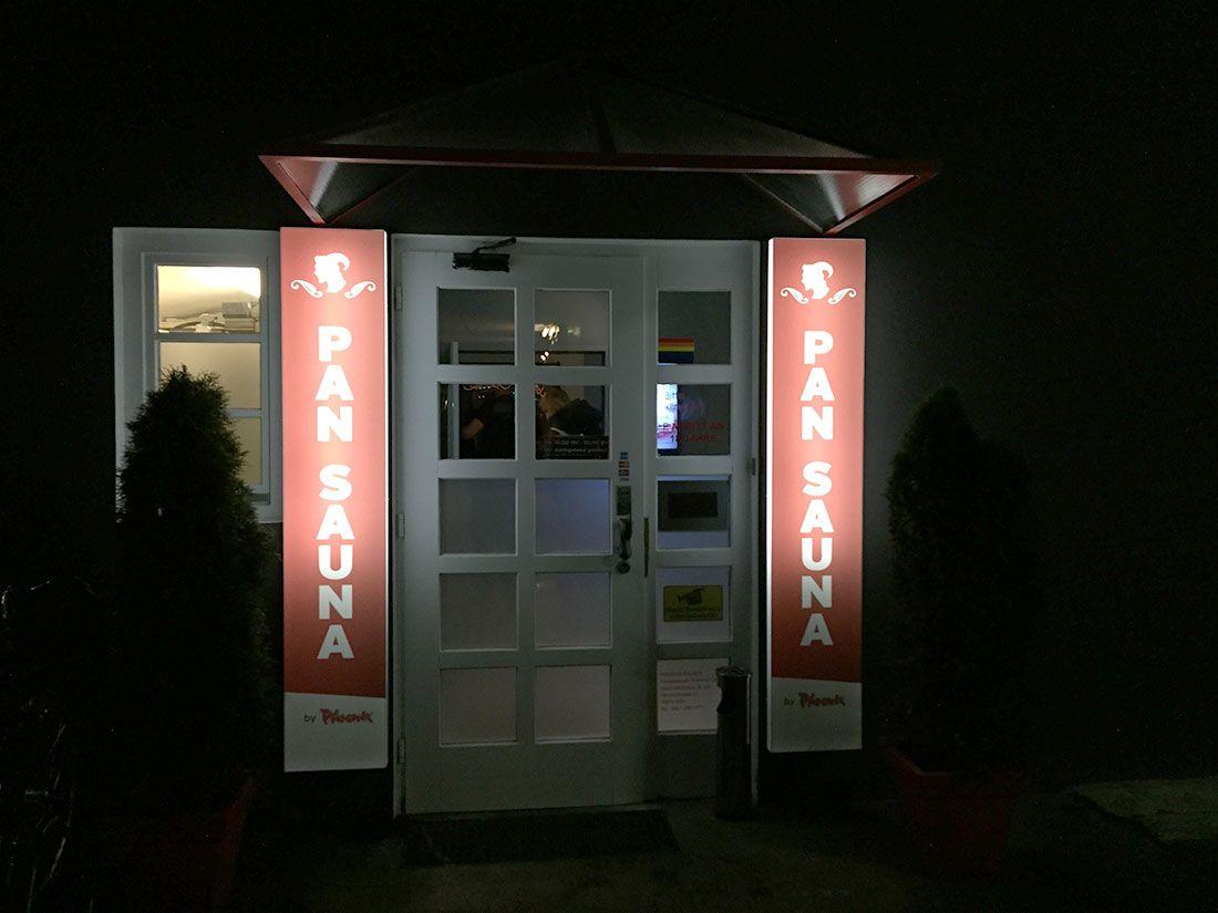 die pan sauna in k ln ist die erste sauna in deutschland die sich an ein bisexuelles publikum. Black Bedroom Furniture Sets. Home Design Ideas