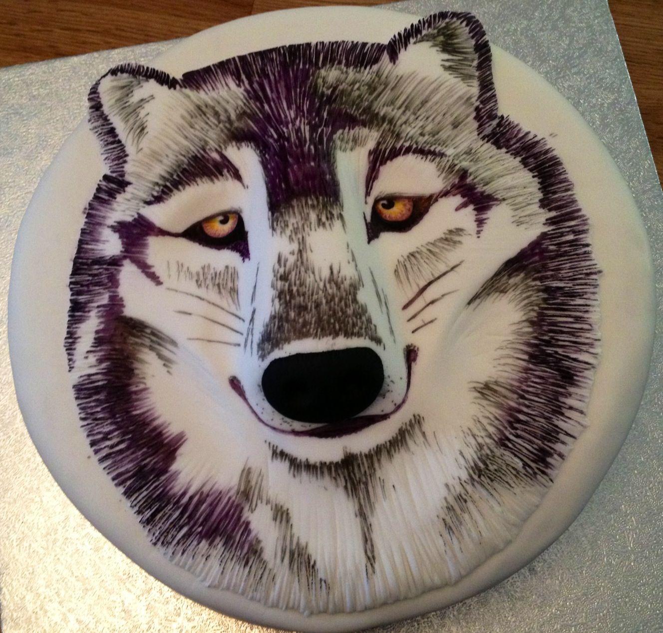 Wild Wolf Cake In 2019 Wolf Cake Cake Animal Birthday