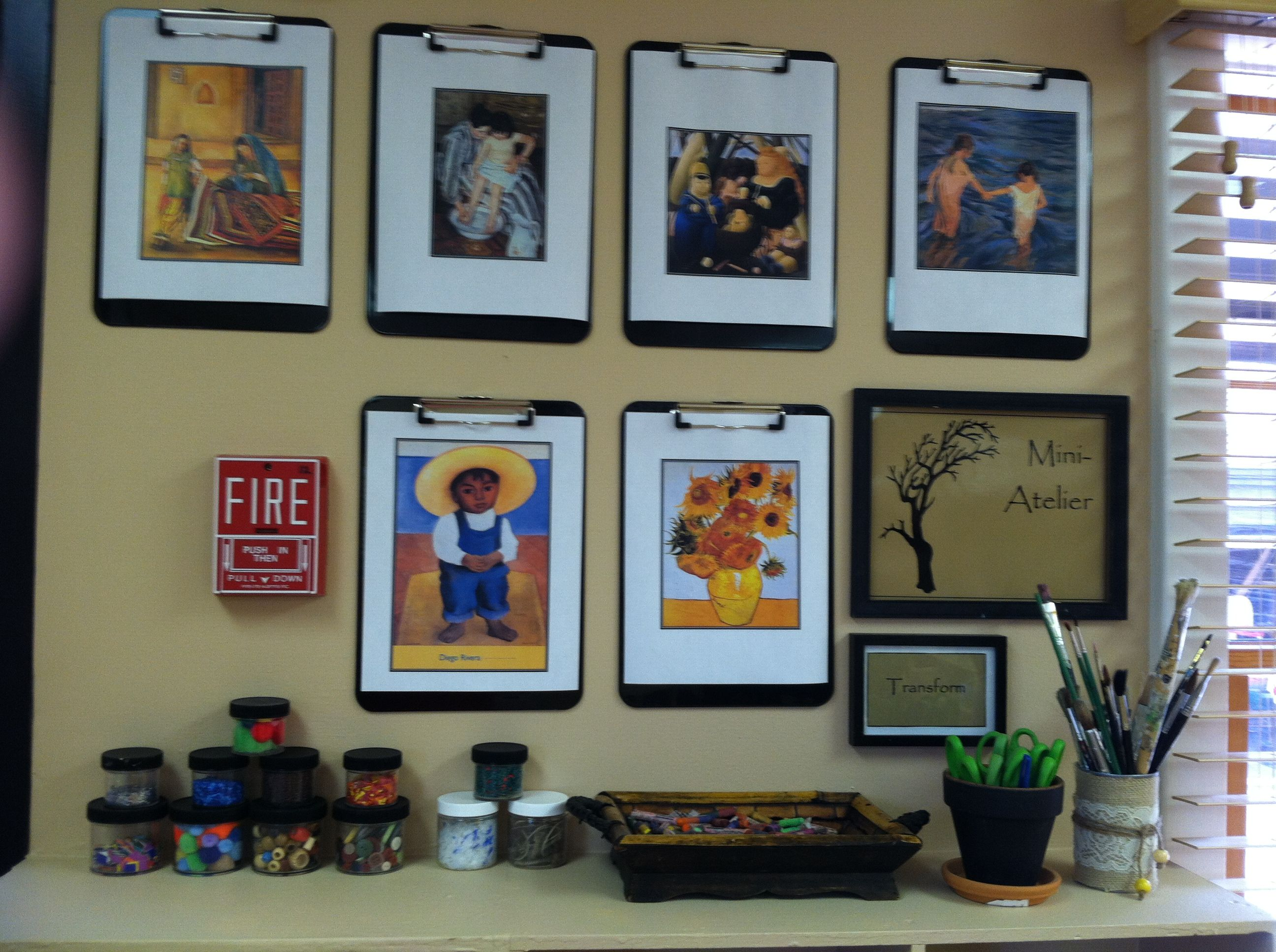 Mini-atelier Wall Inspiration #reggio #elmhurstacademy Classroom Infant Reggio