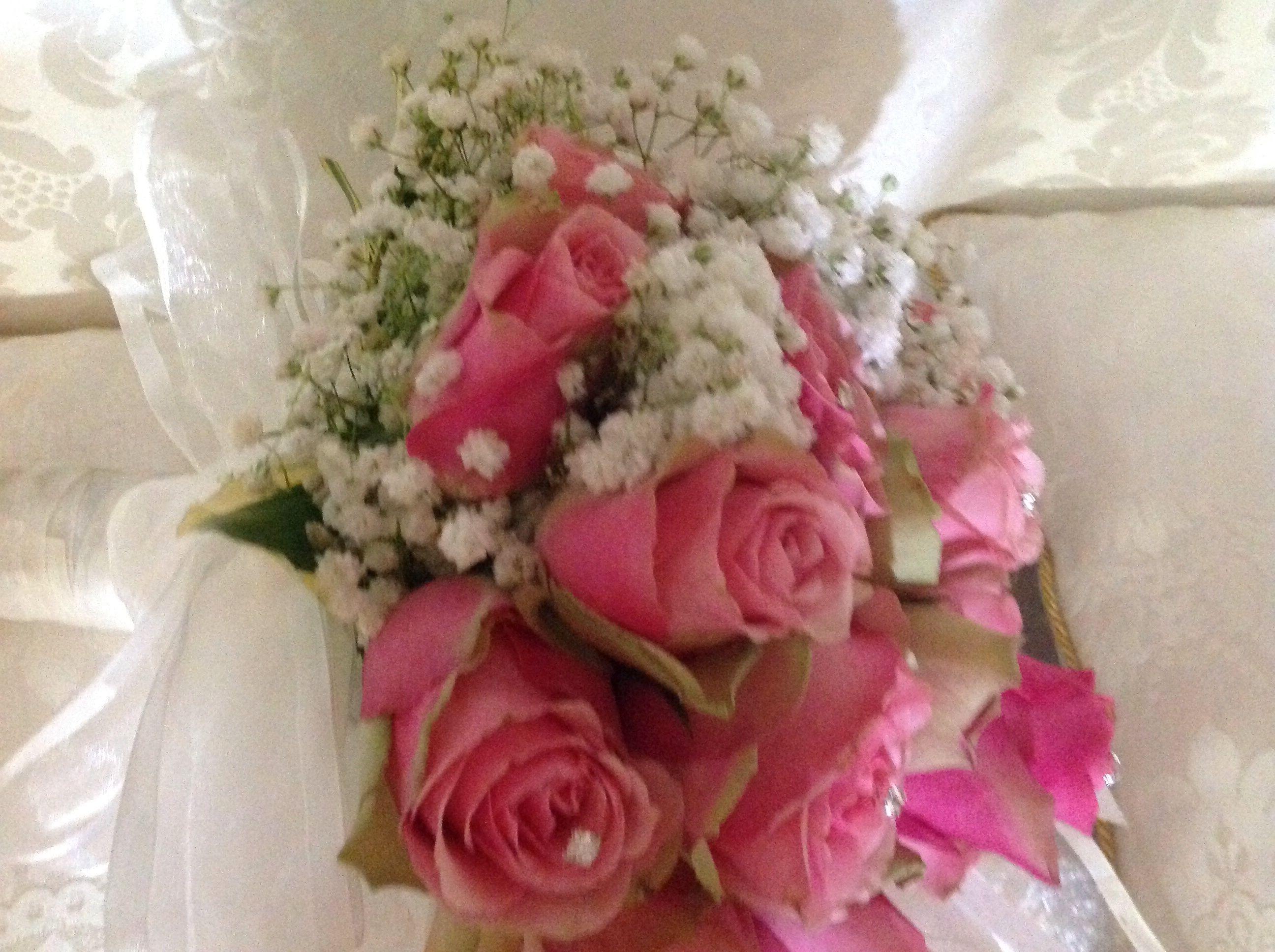 Bouquet Sposa Con Swarovski.Bouquet Da Sposa Con Rose Gpsofila Strass Swarovski