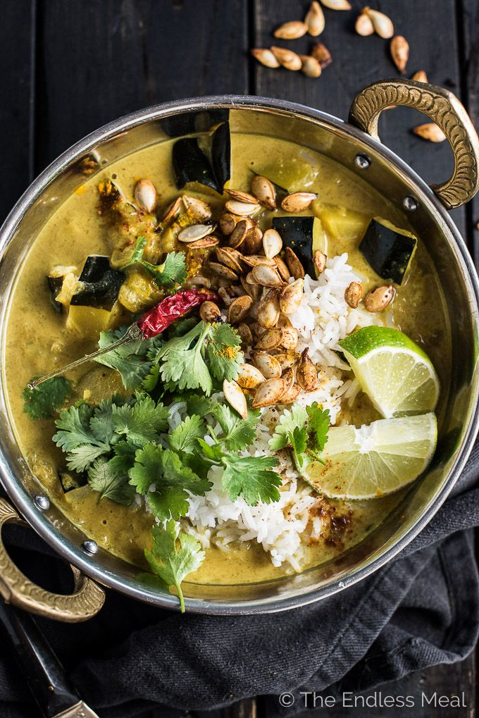 This Coconut Acorn Squash Curry is a feel good fall and winter dinner recipe that is naturally vegan + paleo. It reheats great so make extra for lunch! | theendlessmeal.com