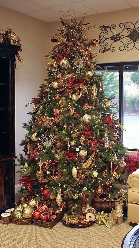 120 Best Christmas Tree Decorating Ideas That You'
