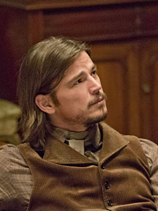Penny Dreadful is a lively walk through the macabre....I instantly fell in lust with Josh Hartnett in this role