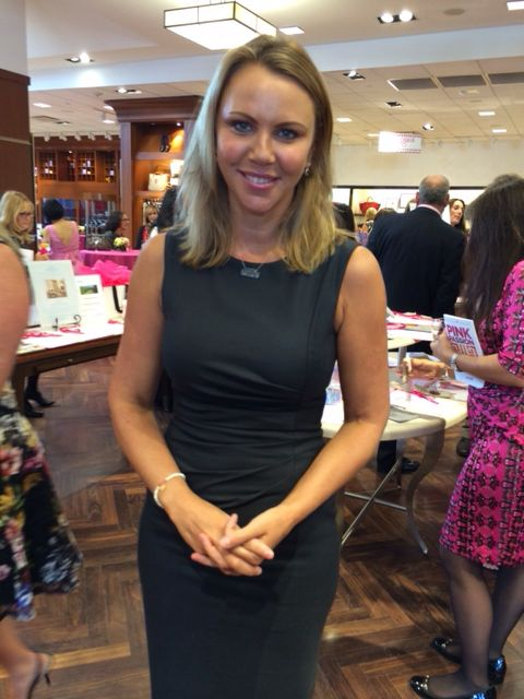 Lara Logan Wearing Black Diamond Bar Necklace At
