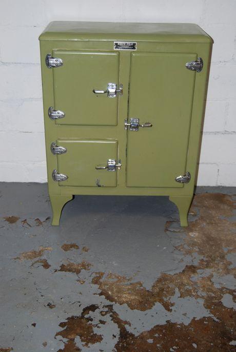 ice box for a little kitchen cabinet cabinet Pinterest - vintage möbel küche