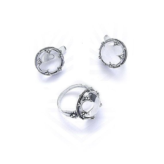 Sterling Silver ring and earrings Gotland with a Rock von RuyaN mostly the ring