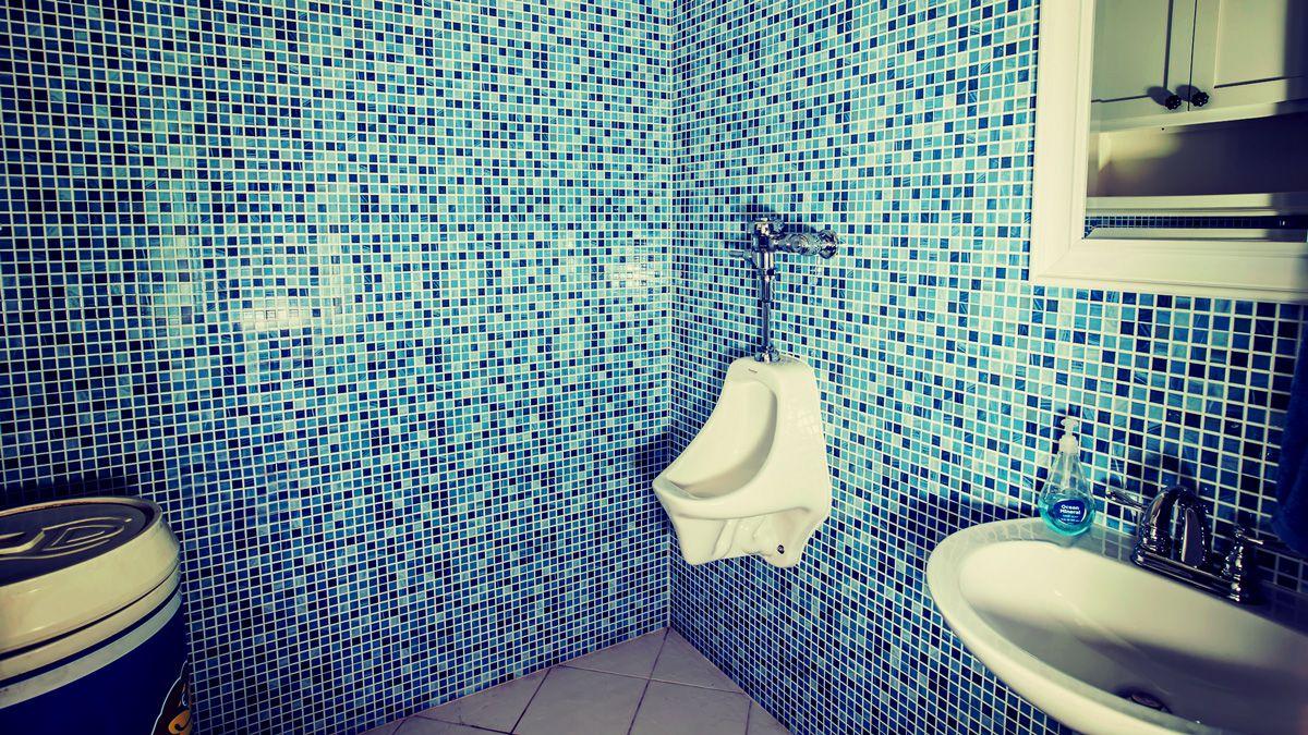 Detached Pool Bathroom With Mosaic Tile Walls Luxury Living In Downtown Bentonville Arkansas