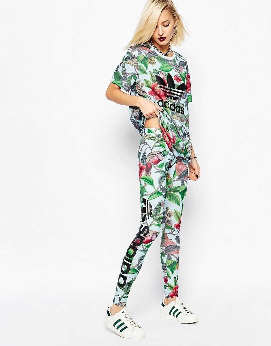 33105ebbb7db1 awesome Модный женский спортивный костюм — Актуальные тенденции и модели  Цветные Брюки, Белые Леггинсы,