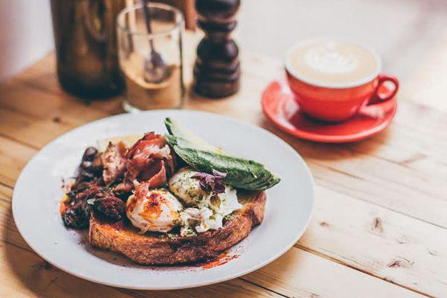10 Awesome Places For Breakfast Brunch In Berlin Brunch Berlin Brunch Vegan Friendly Restaurants