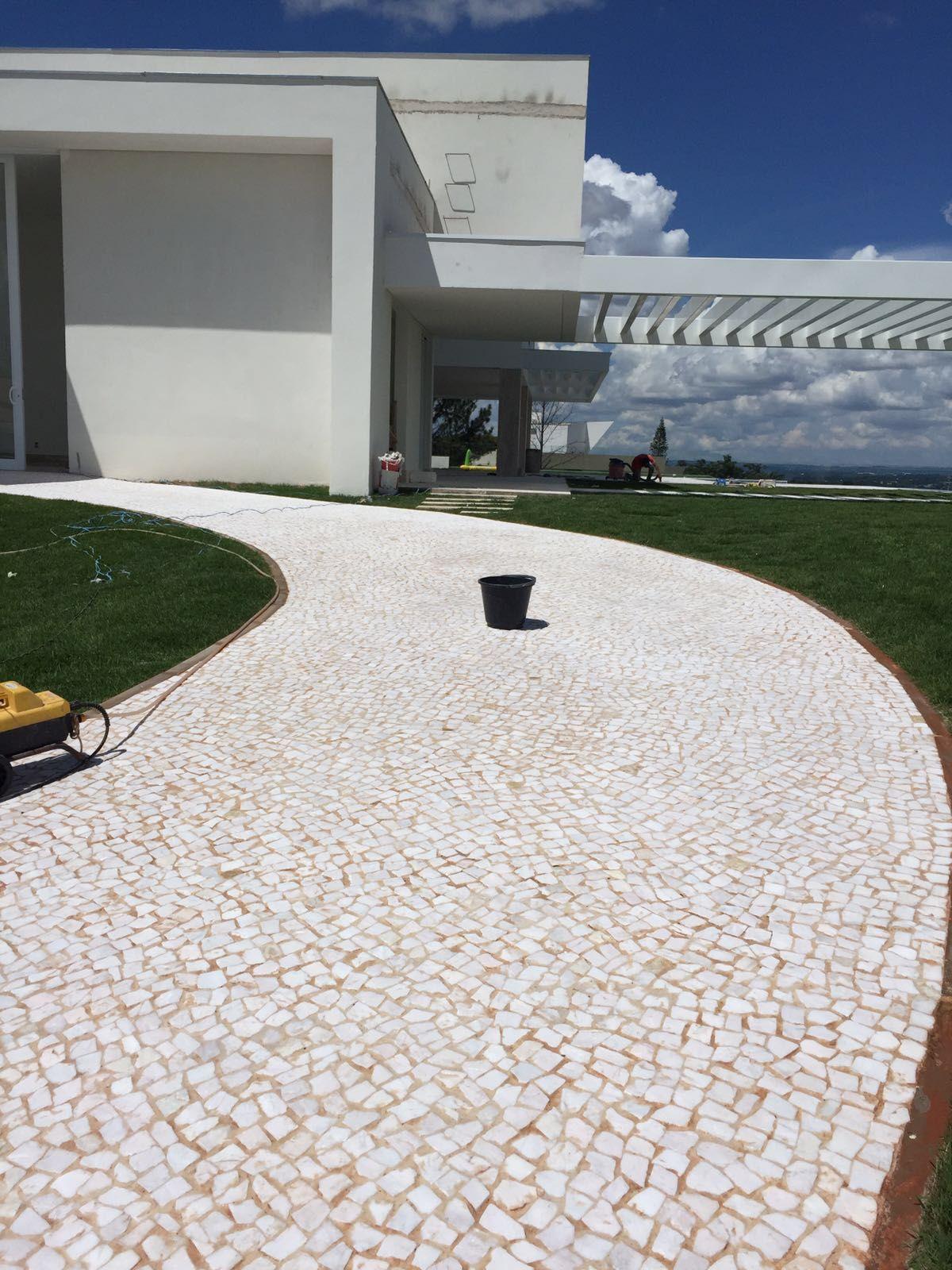 Piso de pedra portuguesa branca petit pave pisos de - Piso interior o exterior ...