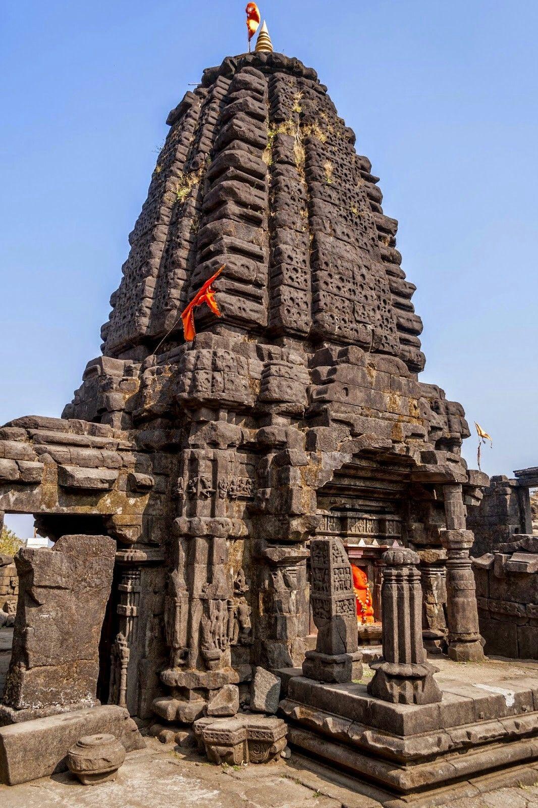 Harishchandragad Temple