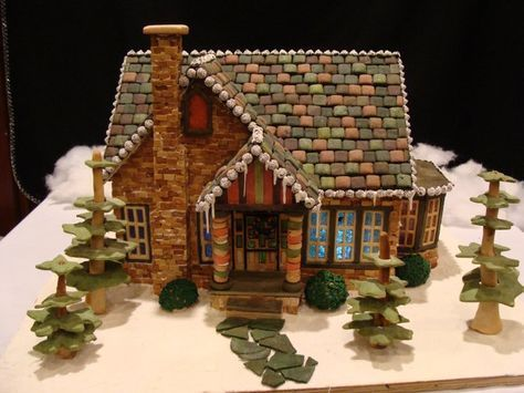 22 Amazingly Detailed Gingerbread Houses