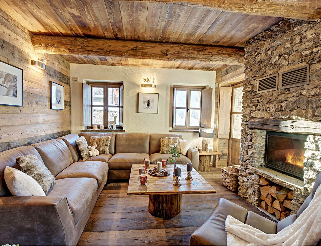 Pin di natalie lyon su cottages and cabins limone for Salotti bianchi