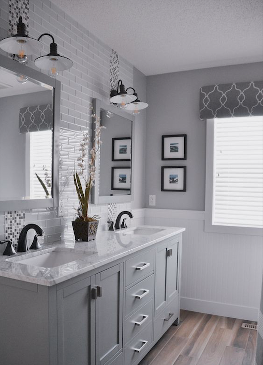 10+ Paint Colors That Can Make Over Any Bathroom, 2020