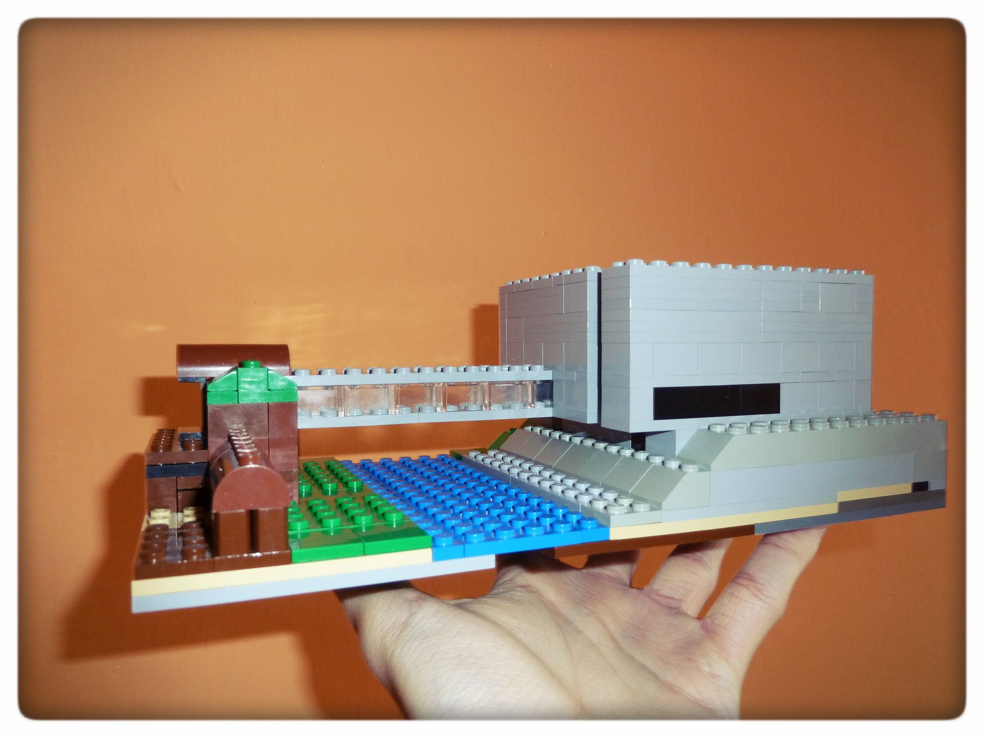 Makieta Bramy Poznania z klocków LEGO [autor: Mateusz