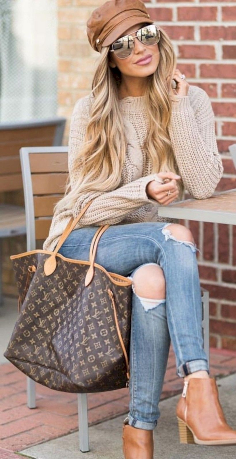 edacccba2c5 Amazing 40 Cute Casual Winter Fashion Outfits for Women http   looksglam.com
