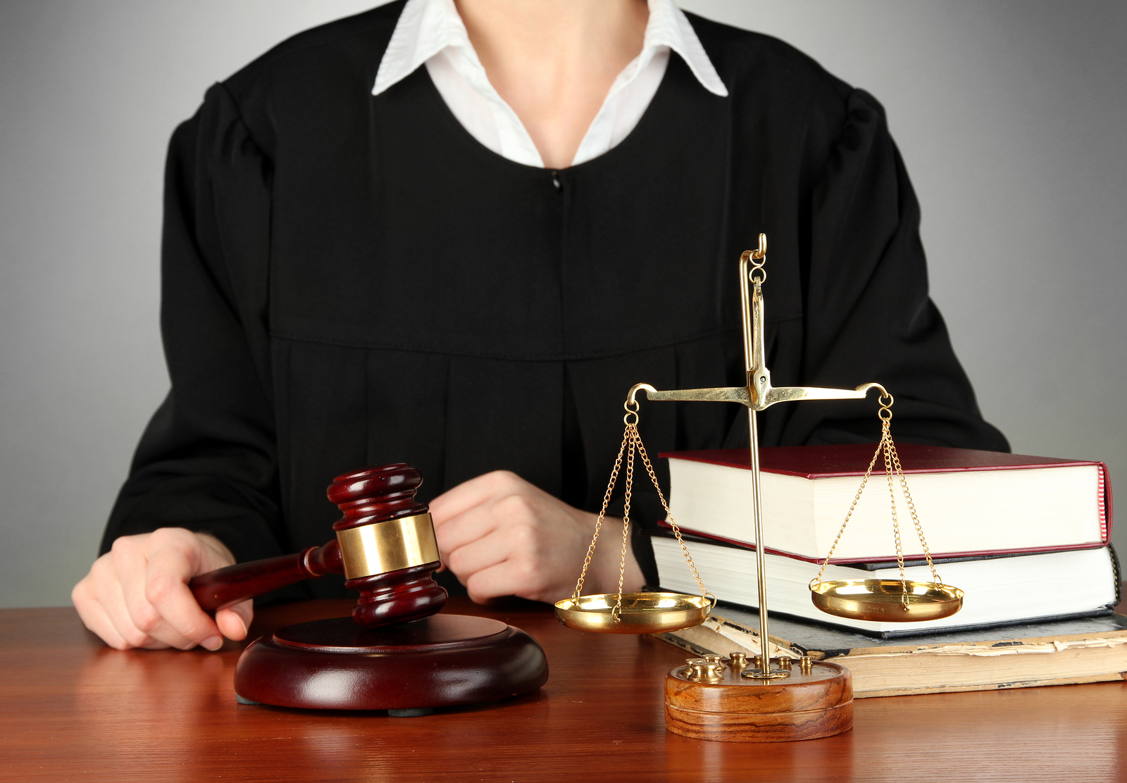 адвокат мировой судья