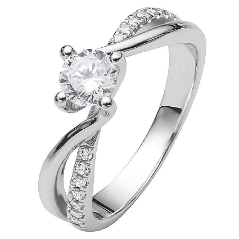 Ein Traumhaft Schoner Damenring Der Sich Aus Zwei Verschiedenen Ringen Zusammen Setzt Der Ring Ist Komplet Ringe Silber Verlobungsringe Silber Ring Verlobung