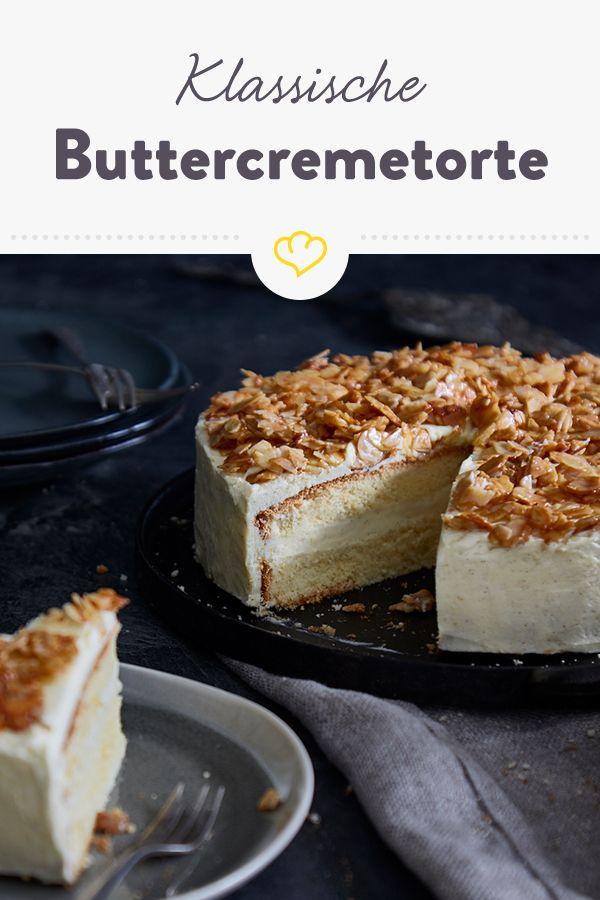 Klassische Buttercremetorte Mit Bienenstich Crumble Rezept Buttercreme Torte Obsttorte Rezept Bienenstich