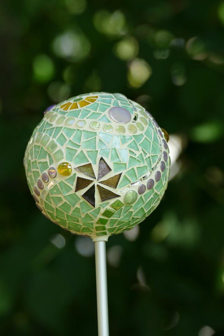 Gartendeko der besonderen Art - Mosaik • Glas • Kunst • mosaikreich Tanja Mäder | Kunsthandwerk und kreative Kurse in Heimberg | Region Thun - Berner Oberland