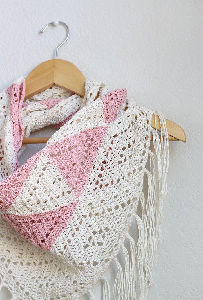 The Trillium: Geometric Triangle Scarf Crochet Pattern | Blusas ...