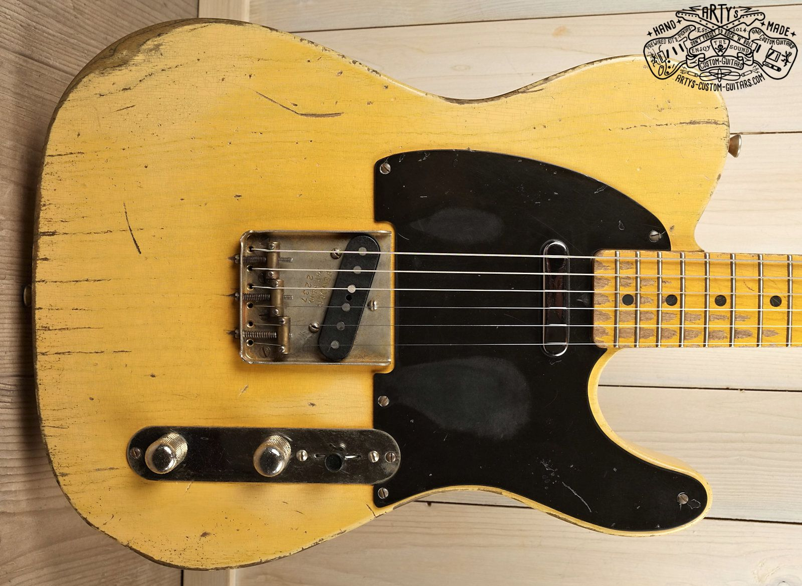 Broadcaster Butterscotch Blonde Telecaster Heavy Relic Tele Maple Neck Swamp Ash Body Bakelite Pickguard Aged Nitro Finish Art Custom Guitars Telecaster Guitar