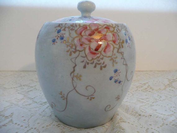Very Pretty Vintage Hand Painted Japanese Kutani by MossyCottage $45.00