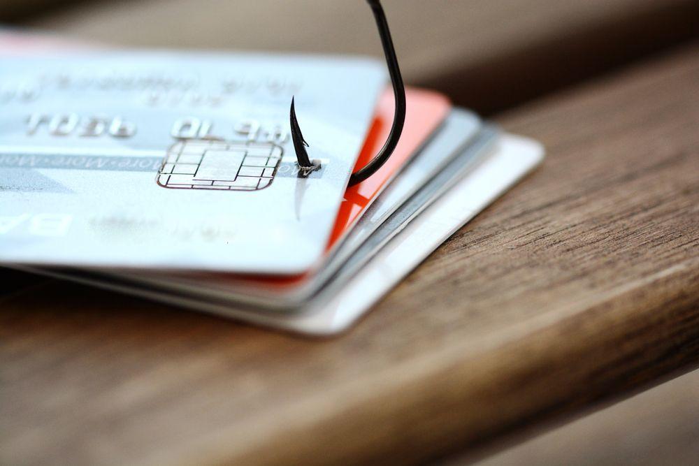 How to avoid scams on craigslist or letgo money safe