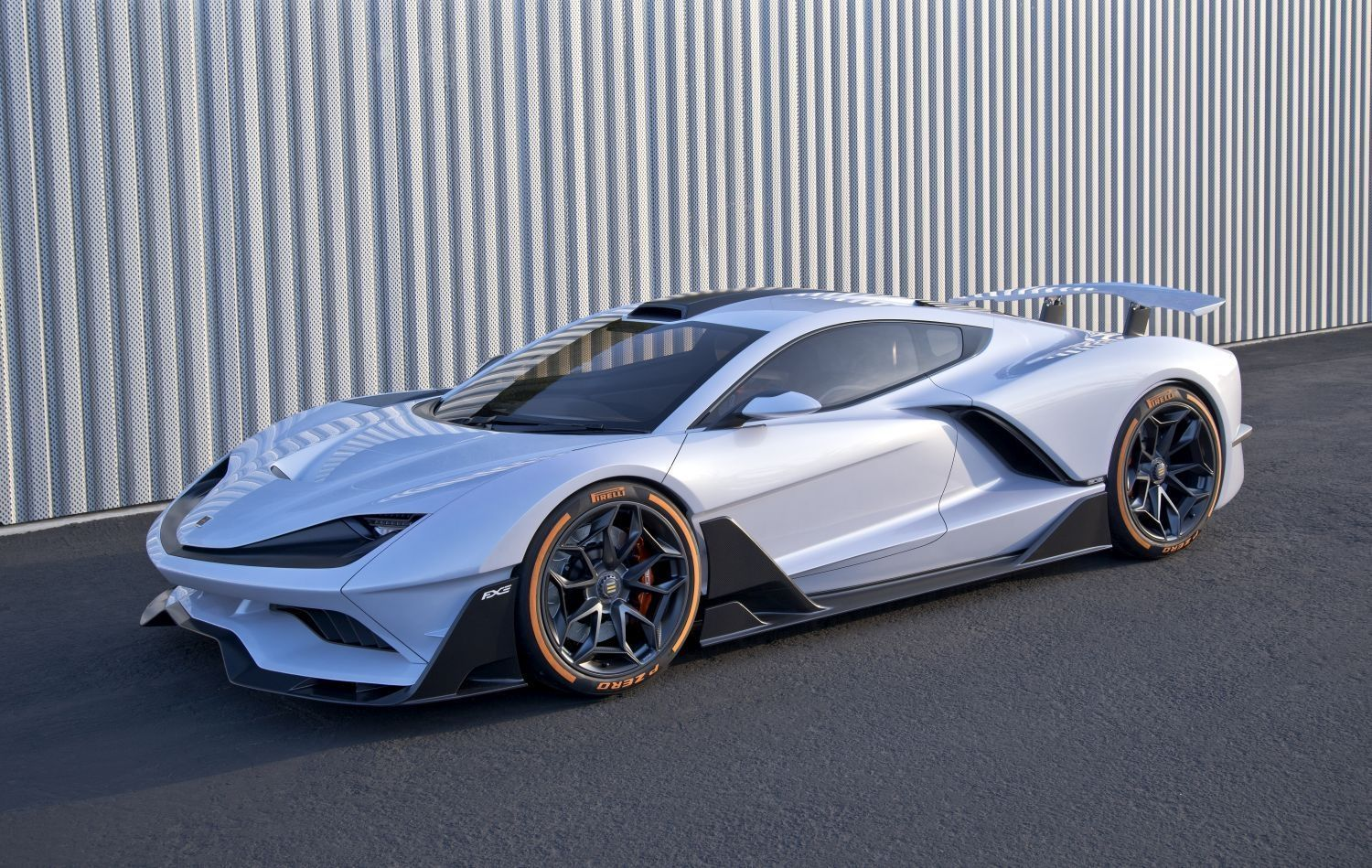 The Aria Fxe Is An American Made 1150 Hp Hybrid Supercar Super Cars Sports Car New Sports Cars