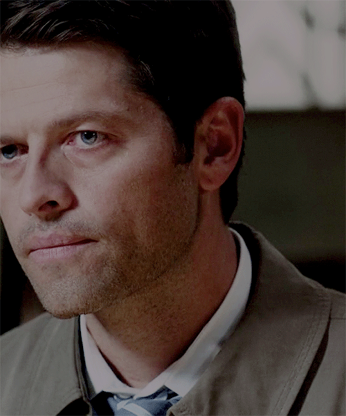 Misha chilln in the tub | Misha collins, Tv supernatural
