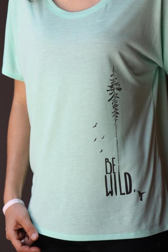 Be Wild - FLOWY SHIRT - Yoga Shirt - Mint Green Women s Shirt - Women s  Graphic Tee - Women s Clothi 63f1a6e8b4