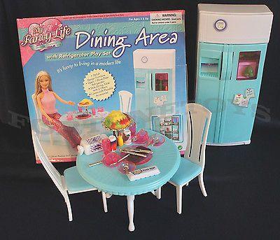 Nova Vida chique de jantar móveis de boneca w/2 Portas Geladeira Playset
