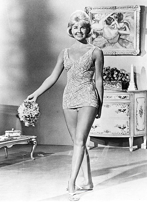Doris Day Swimming Costume For That Touch Of Mink Doris Day