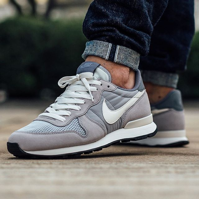 hot sale online dc645 ad174 Nike internationalist Wolf Grey