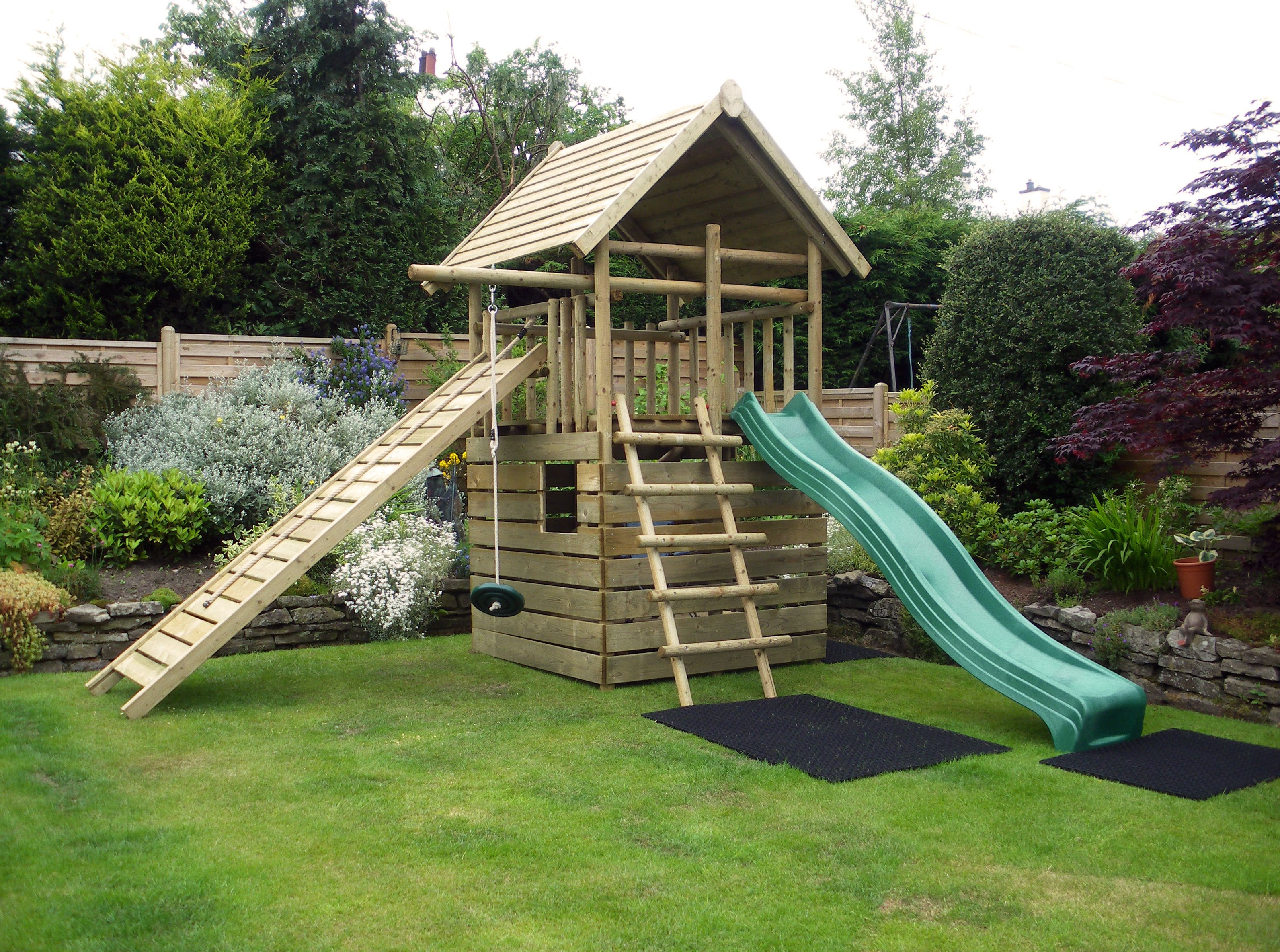Caledonia Play  Garden Play Fort