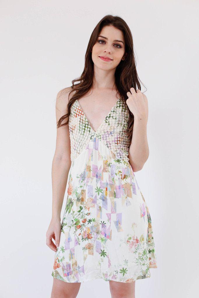 O vestido perfeito para dias fresquinhos.