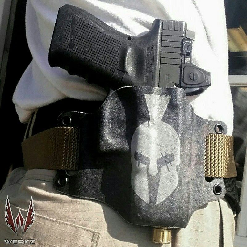 Werkz #Kydex belt slide holster sits super close to the body