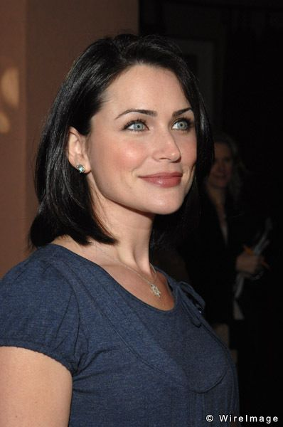 Rena Sofer and family
