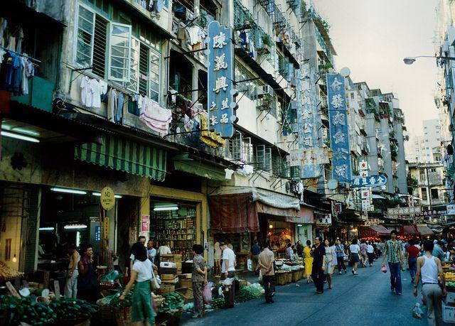 1980_Hong_Kong_042 by Kwan Lung 龍, via Flickr