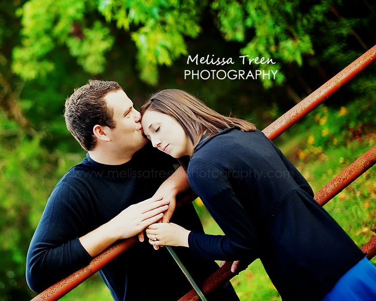 engagement kiss pictures greensboro nc photographers