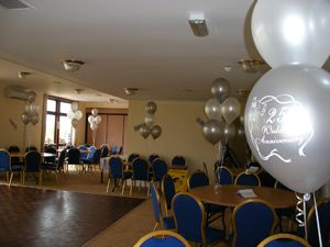 Balloon Decoration For A 25th Wedding Anniversary By Signature