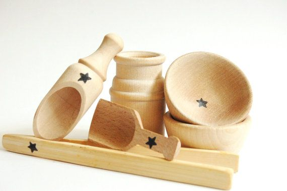 Toddler Gift  Natural Wood Toy Montessori Materials by applenamos