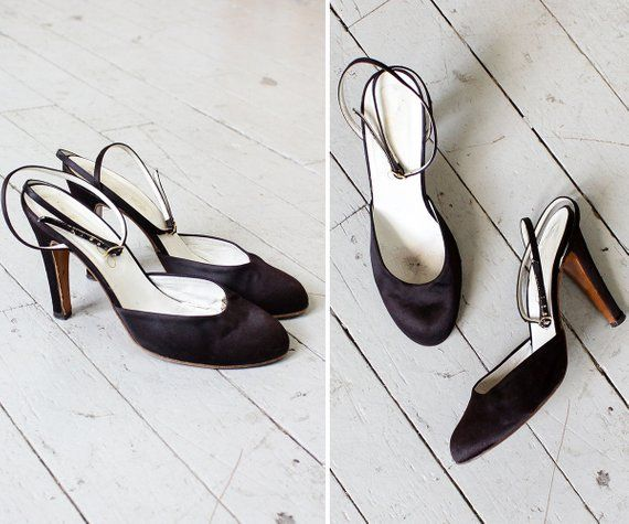 d8a98c6de46a5 Satin Heels 8 • 70s Shoes Made in Italy • Vintage Heels • Strappy ...