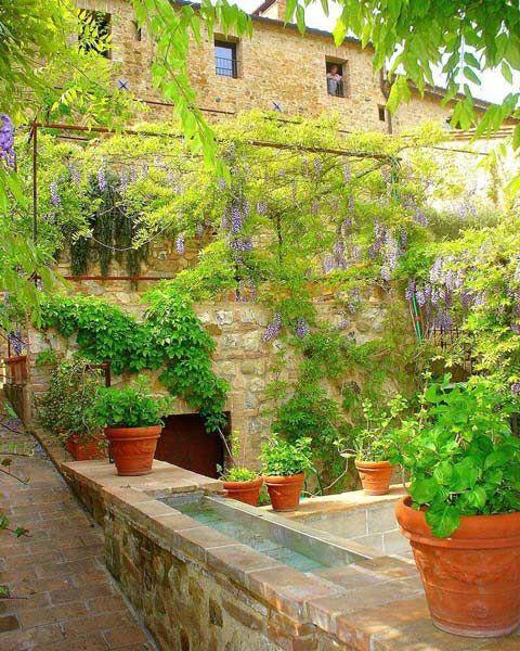 Dise o de jardines toscanos fotos buscar con google for Diseno de jardines para el hogar