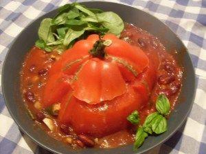 Das ist mal ein tolles Abendessen - Gefülltes Ochsenherz mit Kidneybohnen und Champignons. Das Rezept gibt es bald auf Miri's Blog!