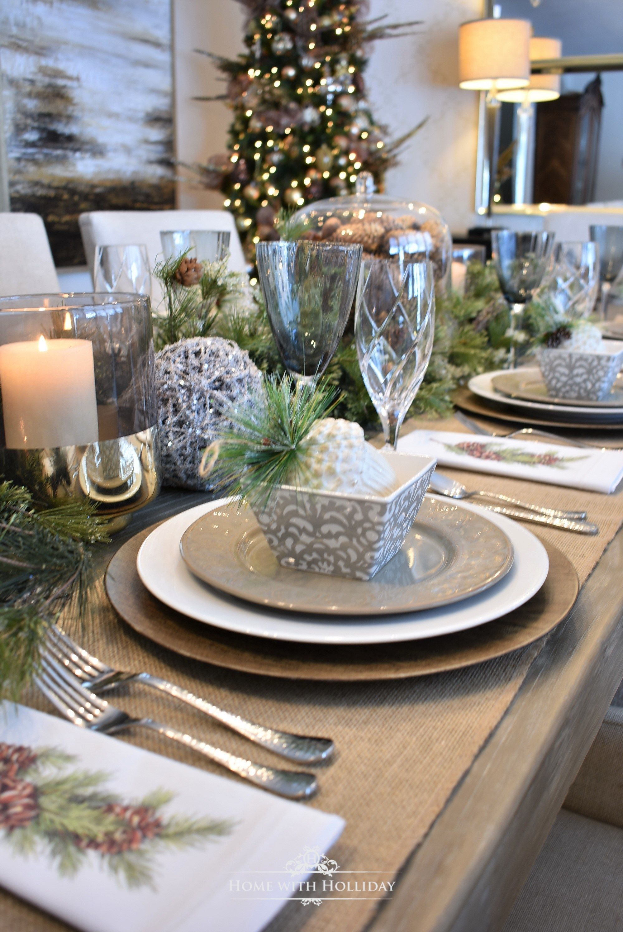 Simple Woodland And Pine Cone Christmas Table Setting Holiday