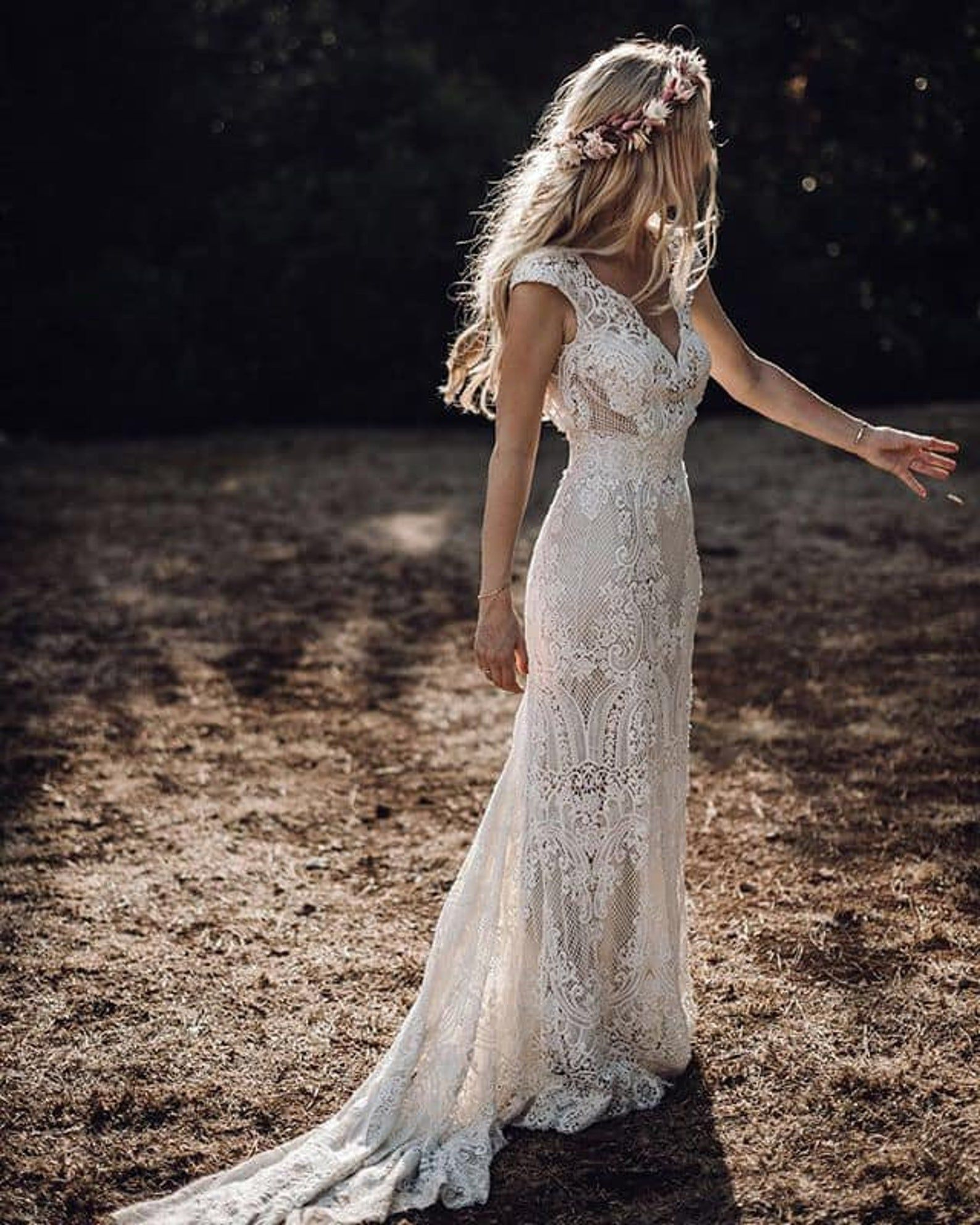 EVELINE Intricate full lace wedding dress in 20   Online ...