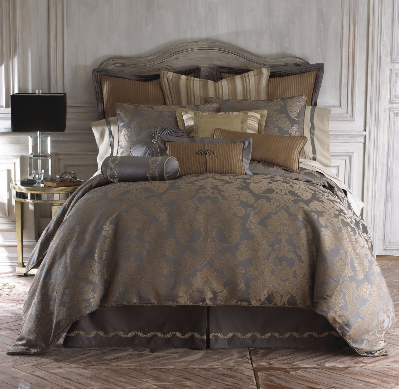 The Home Decorating Company Luxury Bedding Solutions Walton King Comforter 24999 Http
